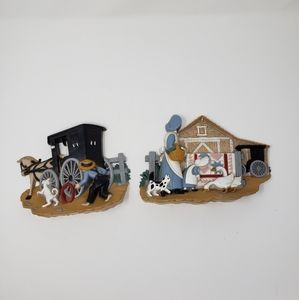 Cottage Farmhouse Plastic Wall Hangings
